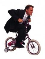 Ciclismo urbano II: guerra contra los carriles bici