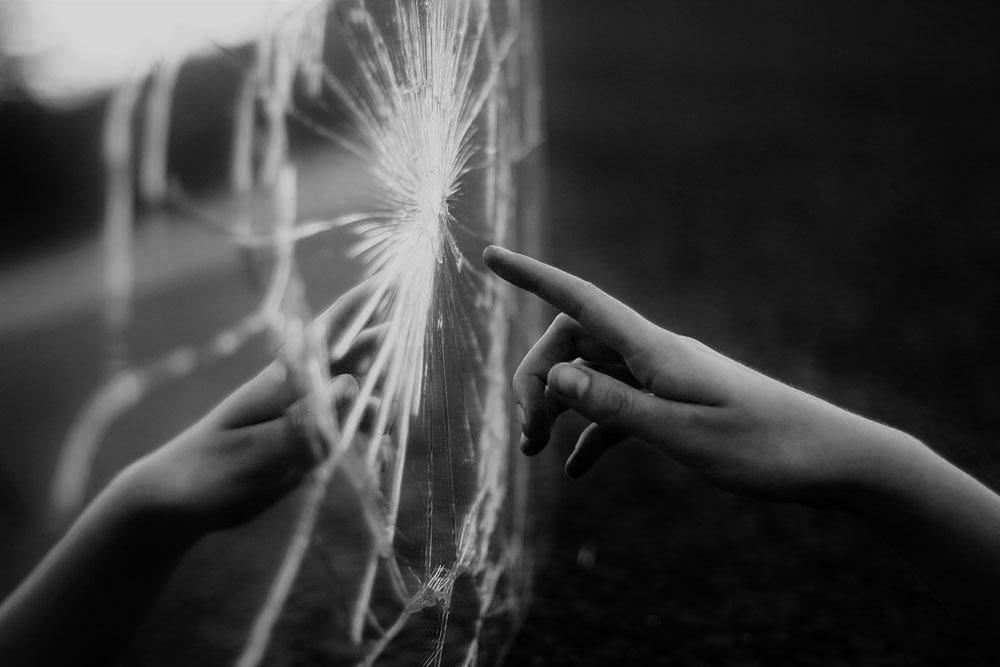 Escapando del espejo de la madrastra de blancanieves