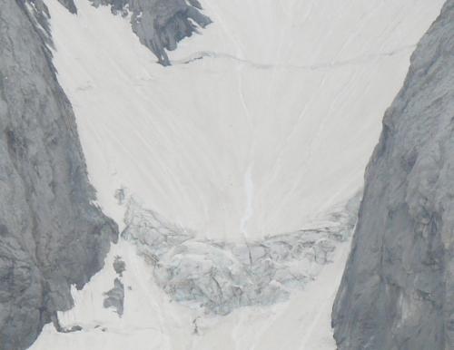El gran invierno nivológico en el Pirineo no frena el gran retroceso de los glaciares pirenaicos