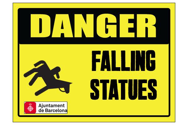 Un tiro en el pie… con la estatua de Franco en el Born